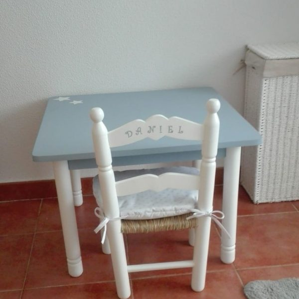 MESA INFANTIL ARTESANAL AZUL